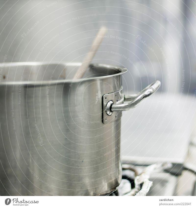 Da braut sich was zusammen ;-) Herd & Backofen Kochlöffel blau grau Topf Griff Küche Gastronomie Wasserdampf Stahl Sauberkeit kochen & garen rühren Farbfoto
