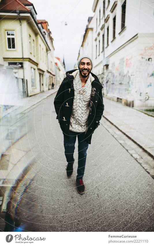 Urban young man (67) Lifestyle Stil maskulin Junger Mann Jugendliche Erwachsene 1 Mensch 18-30 Jahre Mode Bekleidung Freizeit & Hobby Spaziergang Spazierweg