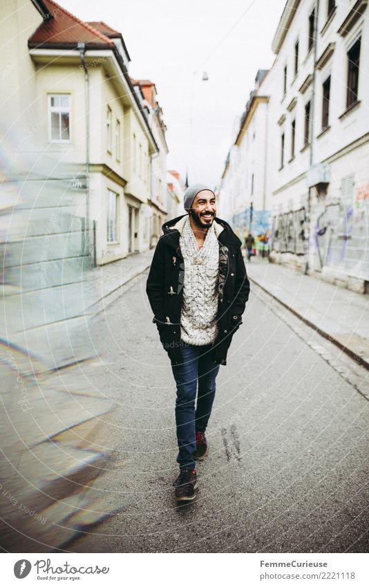 Urban young man (83) maskulin Junger Mann Jugendliche Erwachsene 1 Mensch 18-30 Jahre Mode Bekleidung Freizeit & Hobby Stadt Spaziergang Außenaufnahme