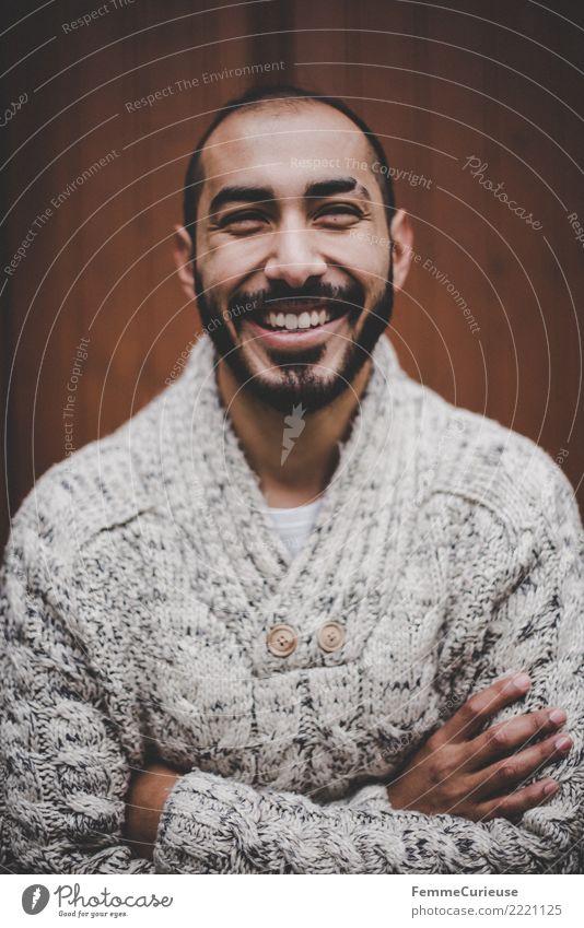 Urban young man (51) maskulin Junger Mann Jugendliche Erwachsene Mensch 18-30 Jahre Mode Bekleidung Freizeit & Hobby Freude Wollpullover gemütlich Warme Farbe