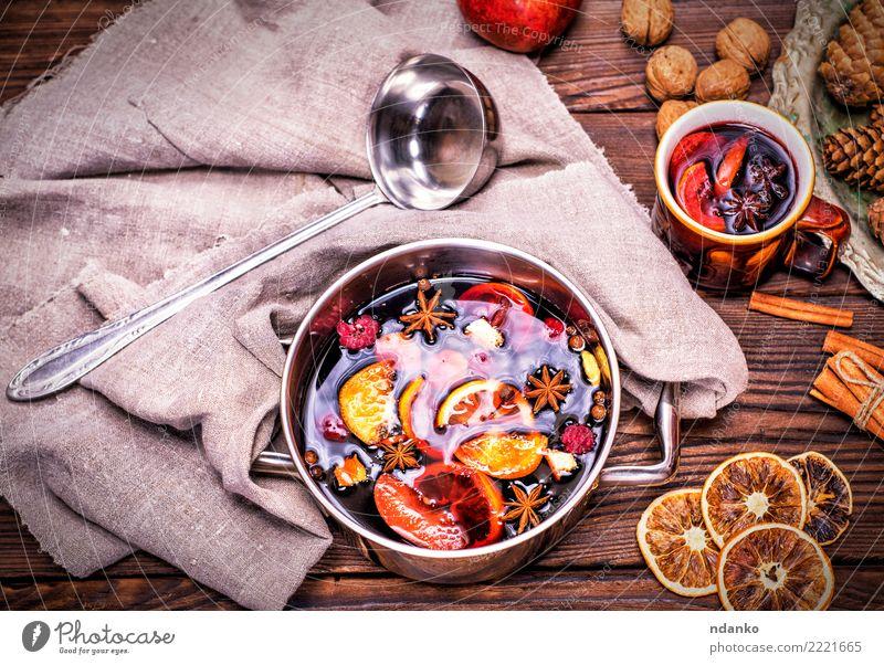Weihnachten & Advent rot Winter Speise Holz Feste & Feiern oben Tisch Kräuter & Gewürze Getränk heiß Tradition Essen zubereiten Alkohol Zucker aromatisch