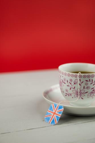 Englischer Tee Mensch Gesunde Ernährung Erholung ruhig Leben Lifestyle Gesundheit Senior Stil Gesundheitswesen Kunst Zufriedenheit elegant Kreativität Pause