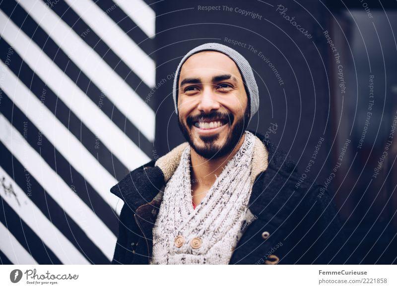 Urban young man (75) maskulin Junger Mann Jugendliche Erwachsene 1 Mensch 18-30 Jahre Mode Bekleidung Freizeit & Hobby Stadt Stadtleben lässig Coolness