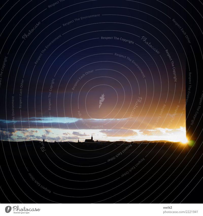 Stadt des Lichts Himmel Wolken außergewöhnlich Deutschland Horizont leuchten glänzend Luft Kirche Idylle Schönes Wetter fantastisch Vergänglichkeit Ewigkeit
