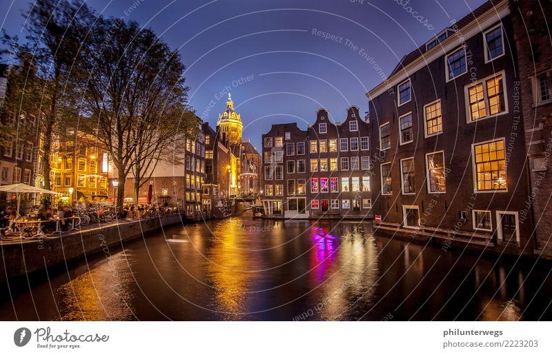 Rotlichtviertel und Grachten in Amsterdam bei Nacht Stadt Architektur Gebäude Feste & Feiern Tourismus Party Sex Platz Brücke Sehenswürdigkeit Hafen Städtereise