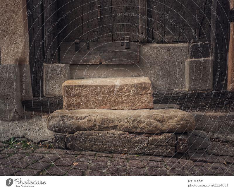 für die ewigkeit alt dunkel Treppe Tür einzigartig Ewigkeit Niveau Altstadt fest Gasse nachhaltig Elsass Steintreppe