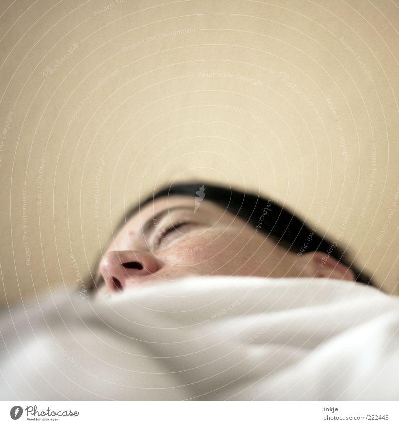 Atmet man im Traum eigentlich nur ... Gesicht Erholung Tod Gefühle träumen Stimmung Nase liegen schlafen Pause Krankheit Müdigkeit atmen Gedanke kuschlig