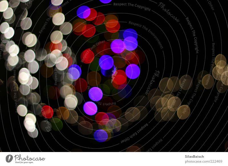 Nightblur Lampe Kunst Licht Lichterkette Lichtpunkt hell verrückt Farbfoto Gedeckte Farben mehrfarbig Außenaufnahme Textfreiraum Mitte Starke Tiefenschärfe