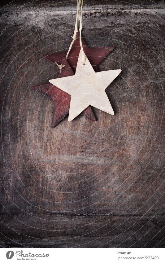 Weihnachtsbaumeln natürlich Holz authentisch einfach Stern (Symbol) Zeichen Schnur Kitsch hängen Vorfreude Nähgarn festlich Weihnachtsdekoration Weihnachtsstern