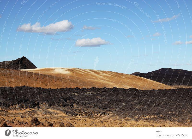 Erstarren Umwelt Natur Landschaft Erde Himmel Wolken Klima Klimawandel Wetter Schönes Wetter Dürre Vulkan Lava Lavafeld außergewöhnlich trocken vulkanisch Ferne
