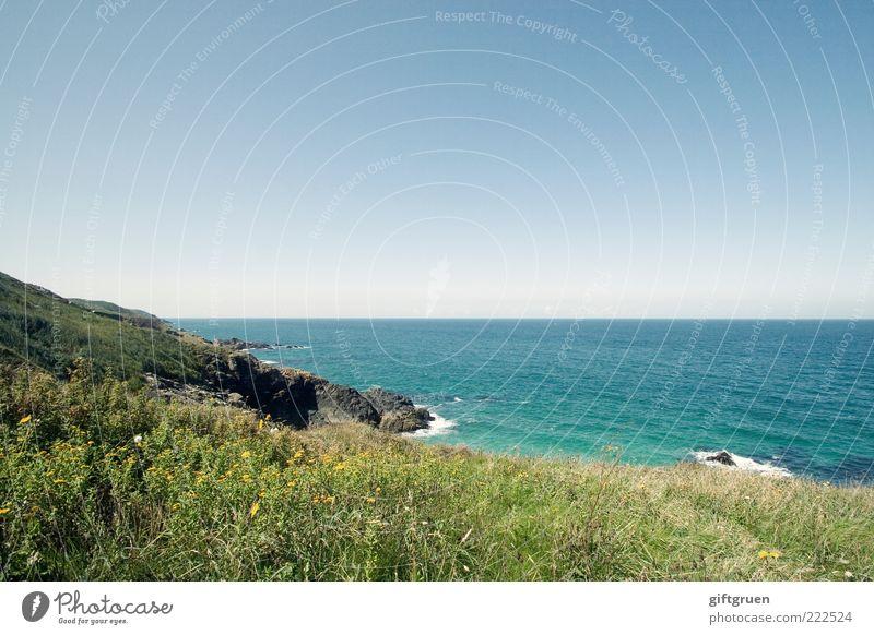 meerblick Umwelt Natur Landschaft Pflanze Urelemente Wasser Himmel Wolkenloser Himmel Horizont Sommer Klima Wetter Schönes Wetter Hügel Felsen Wellen Küste Meer