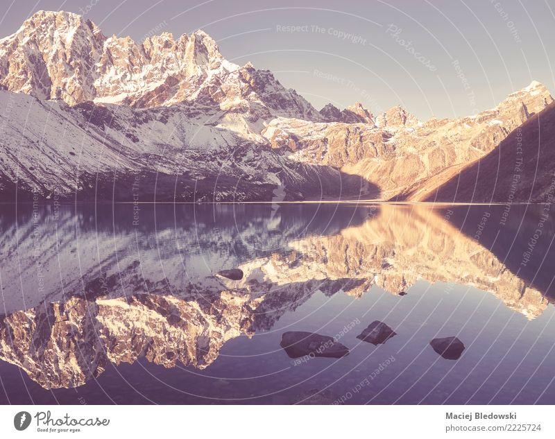 Gokyo See, Sagarmatha Nationalpark, Nepal. Natur Ferien & Urlaub & Reisen Landschaft Berge u. Gebirge Tourismus Freiheit Felsen Ausflug wandern Park Abenteuer