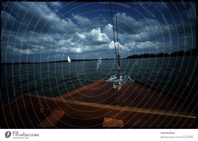 Boot voraus Natur Wasser schön Sommer Meer Ferien & Urlaub & Reisen Ferne Erholung Freiheit Holz Glück Landschaft Küste Wellen Umwelt Seil