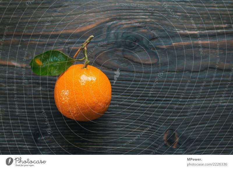südfrucht Lebensmittel Mandarine Frucht Orange Blatt Vitamin Gesunde Ernährung lecker Bioprodukte Farbfoto Studioaufnahme Menschenleer Schwache Tiefenschärfe