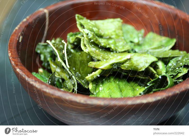 Kandiertes Seegras in Südkorea grün Blatt Ernährung Holz braun Gesundheit Lebensmittel Asien exotisch Mittagessen Schalen & Schüsseln Salatbeilage