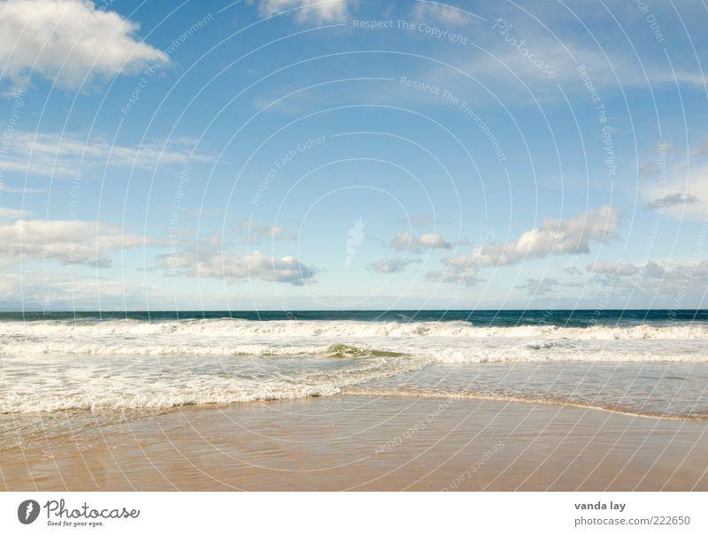 weit weit weg Sand Wasser Himmel Wolken Wellen Küste Strand Meer frei hell blau Ferien & Urlaub & Reisen Tourismus Ferne Indischer Ozean Südafrika Farbfoto