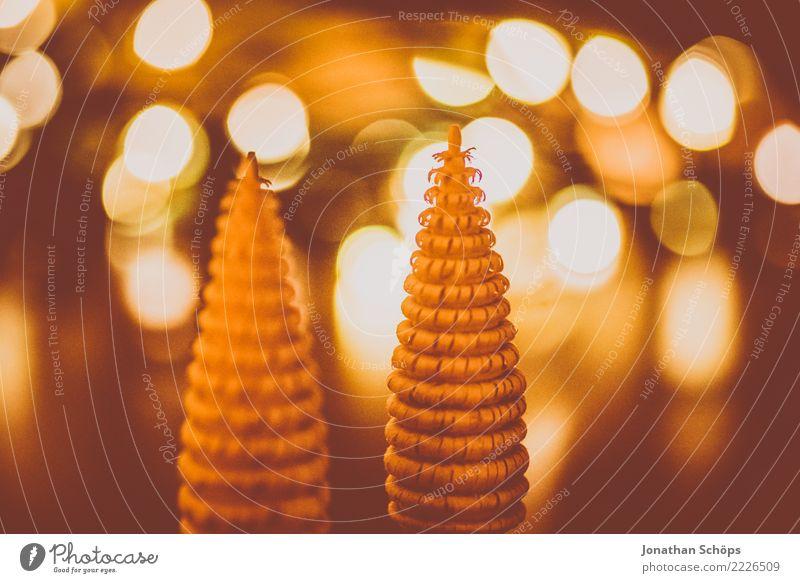 Weihnachtsdeko mit Bokeh II Weihnachten & Advent Wald Wärme Hintergrundbild Holz Stimmung hell Wohnung leuchten Dekoration & Verzierung Hoffnung Tradition