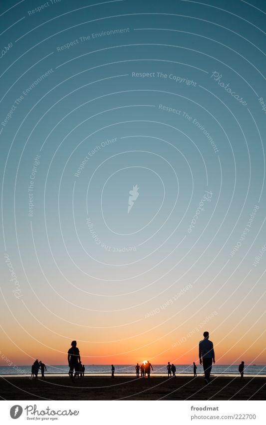 strandfussball Mensch Sonne Ferien & Urlaub & Reisen Meer Sommer Strand ruhig Erholung Leben Spielen Glück Freizeit & Hobby maskulin Abenteuer Tourismus stehen
