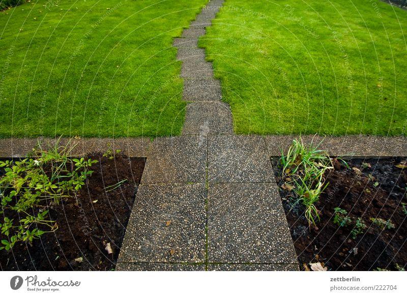 Garten Natur Pflanze Sommer Wiese Herbst Gras Wege & Pfade Umwelt Beton Erde Rasen Sträucher Eingang Symmetrie Beet