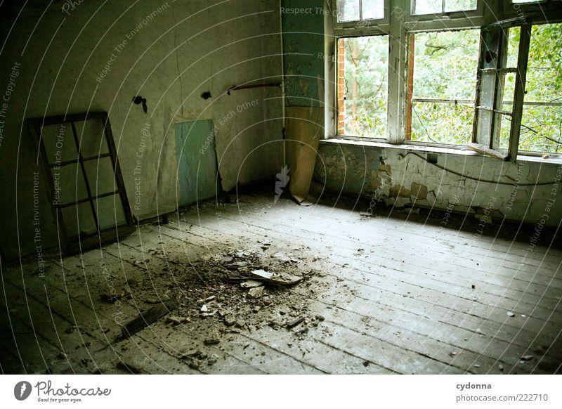 Schandfleck alt ruhig Einsamkeit Wand Fenster Mauer Raum dreckig Zeit ästhetisch offen Wandel & Veränderung Vergänglichkeit geheimnisvoll Tapete verfallen
