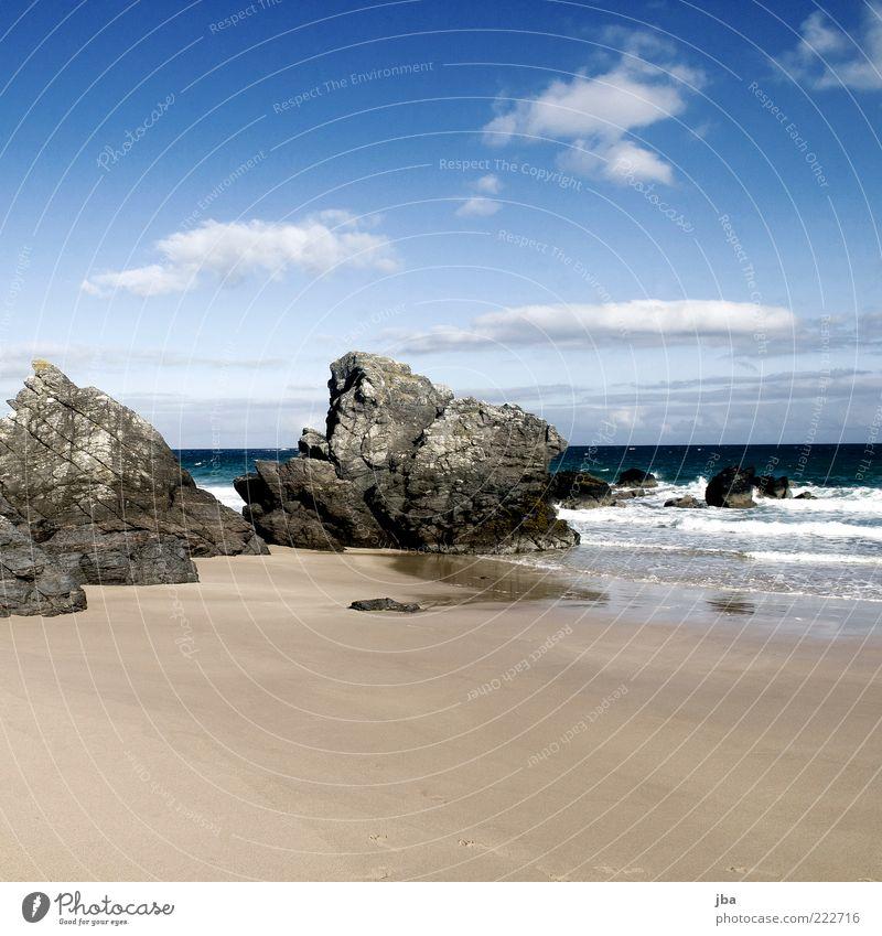 umspült {N9} Natur Wasser Himmel Meer Strand Ferien & Urlaub & Reisen ruhig Erholung Herbst Bewegung Freiheit Stein Sand Küste Wellen Horizont