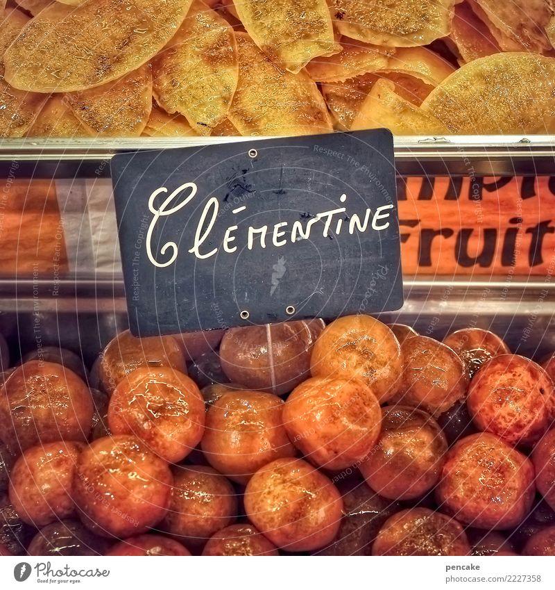 sweets for my sweet Frucht Süßwaren genießen Kindheit kandierte früchte Zucker süß Ladengeschäft verkaufen Mandarine Frankreich Elsass Angebot Tafel Orange