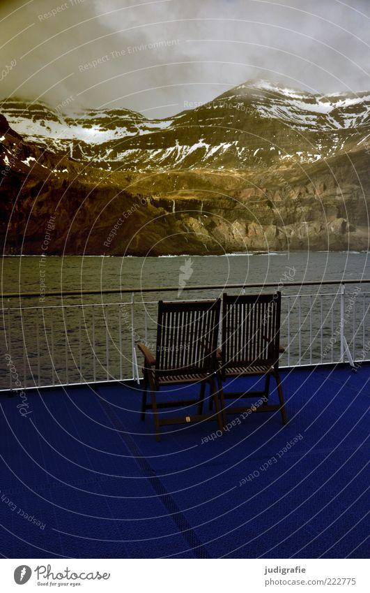 Island Umwelt Natur Landschaft Himmel Wolken Klima Schnee Felsen Berge u. Gebirge Schneebedeckte Gipfel Fjord Schifffahrt Kreuzfahrt Passagierschiff