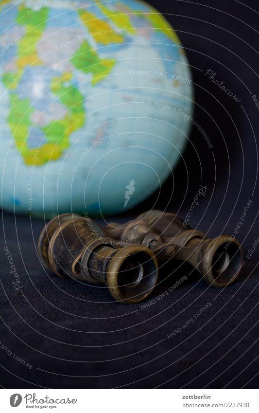 Fernweh beobachten Erde Globus Expedition Fernglas Globalisierung Landkarte Kontinente Erwachsenenbildung Landschaft Opernglas Ferien & Urlaub & Reisen