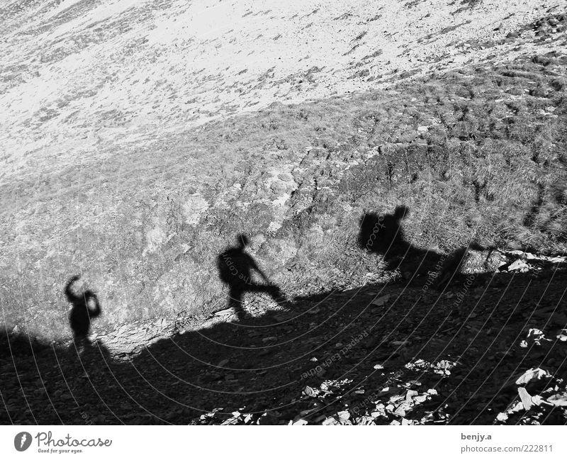 Bergbesteigung vom Calanda Mensch Freiheit Berge u. Gebirge Bewegung gehen wandern Ausflug Abenteuer maskulin Freizeit & Hobby Zusammenhalt Expedition