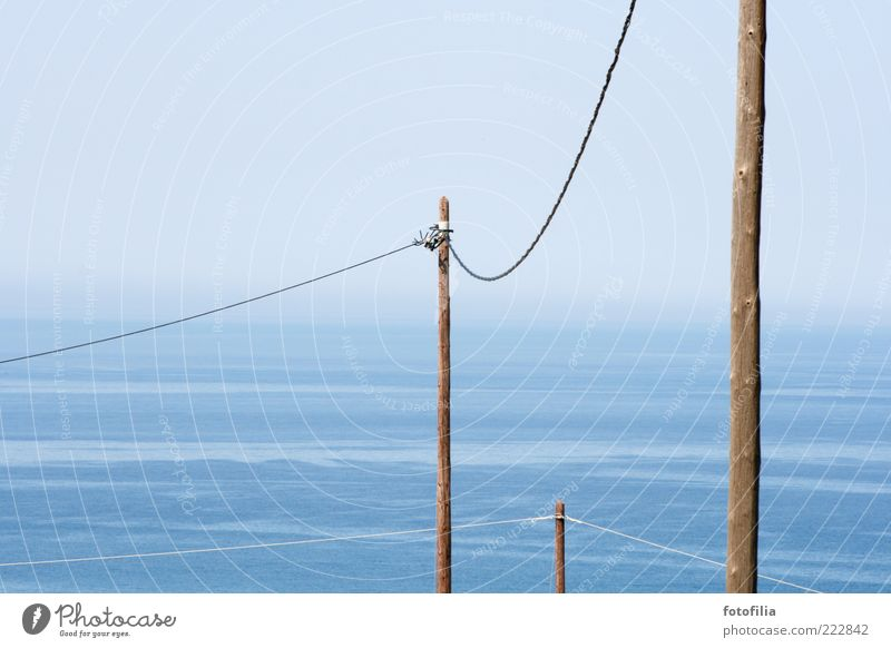 bleibt verbunden! Kabel Technik & Technologie Telekommunikation Telefonmast Telefonkabel Telefonanschluss Landschaft Wasser Himmel Wolkenloser Himmel Sommer