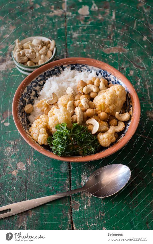 Mittagessen! Lebensmittel Gemüse Blumenkohl Cashewkerne Nuss Kerne Reis Petersilie Ernährung Essen Bioprodukte Vegetarische Ernährung Diät Vegane Ernährung