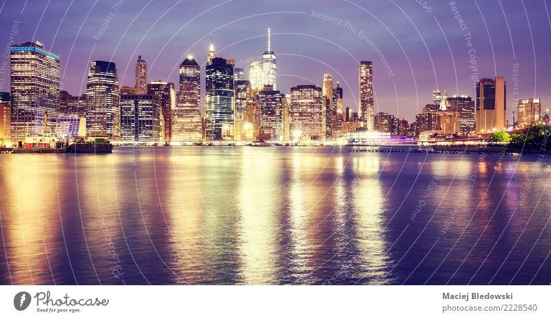 Manhattan Reflexionen Stadt Skyline Hochhaus Gebäude Architektur Wahrzeichen Business einzigartig elegant Erfolg Ferien & Urlaub & Reisen Kapitalwirtschaft
