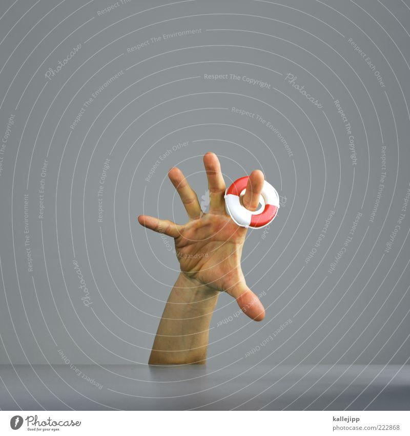 i'm going deeper underground Mensch Mann Hand Leben Erwachsene Finger Schwimmen & Baden Zeichen skurril Desaster Rettung Krise Notfall Rettungsring Absicherung