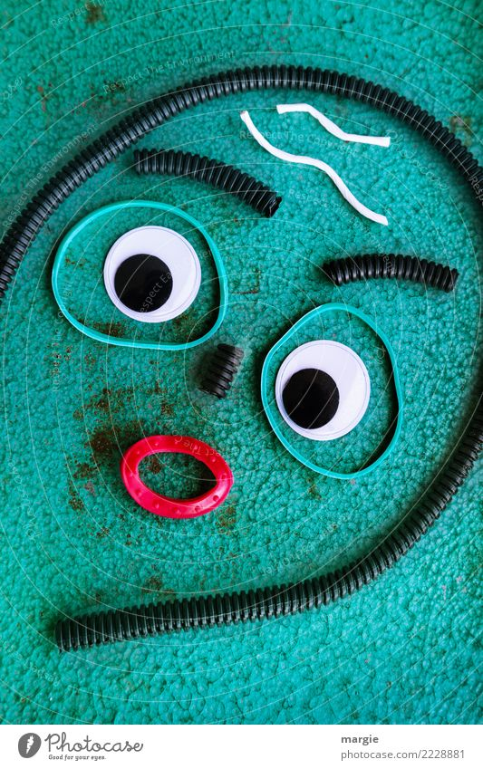 Emotionen...coole Gesichter: Geschlaucht Mensch grün rot Auge feminin Kunst Angst maskulin verrückt Mund Hautfalten Müdigkeit Basteln Kunstwerk Phantasie
