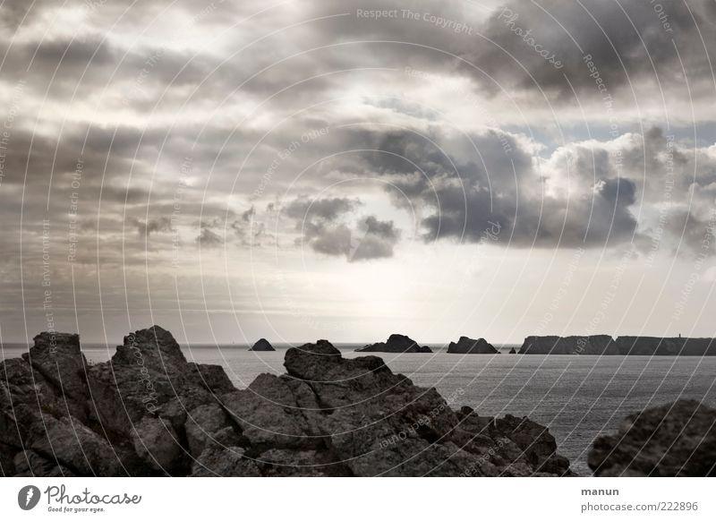 Tas de Pois Ferne Natur Landschaft Wolken Wetter Felsen Küste Bucht Riff Meer Klippe Atlantik authentisch fantastisch natürlich schön Endzeitstimmung Freiheit