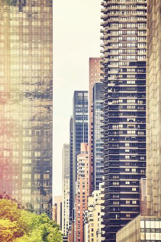 Retro stilisiertes Bild von New York Gebäuden. Stadt Haus Architektur Wand Mauer Häusliches Leben Wohnung Büro modern Hochhaus elegant Erfolg USA hoch