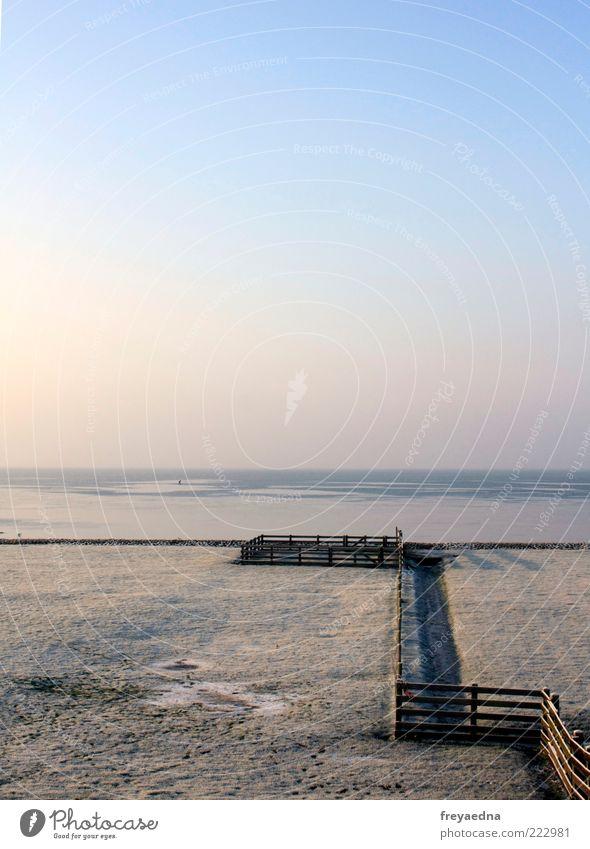 Winterweide Himmel Natur Wasser blau Meer Ferne Schnee Freiheit Landschaft Küste Eis rosa frei Frost einfach