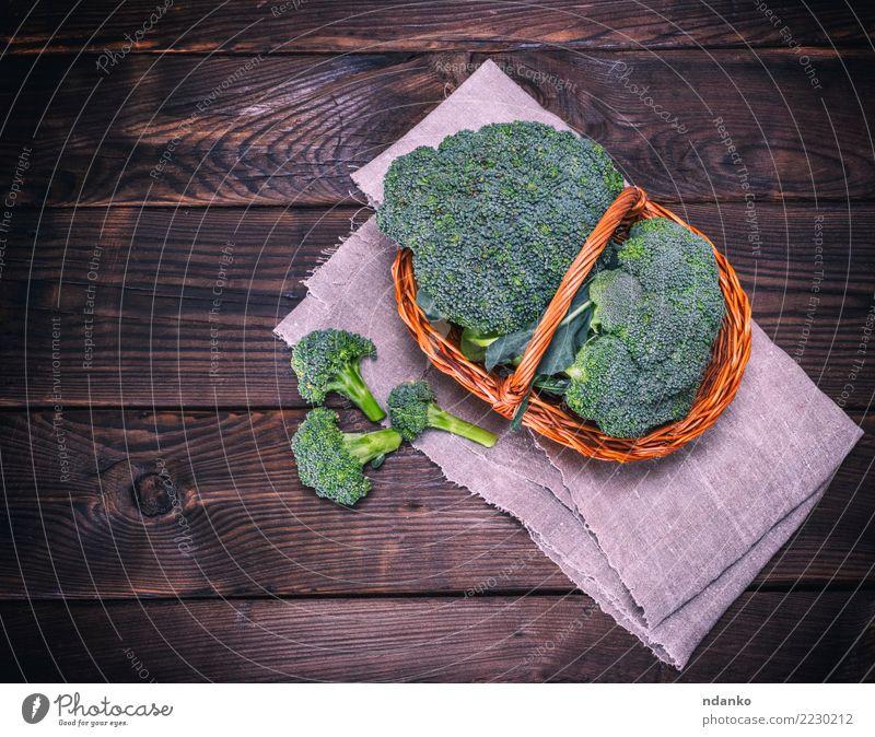 frischer Kohl Brokkoli grün Essen natürlich Holz braun oben Ernährung Tisch Gemüse reif Essen zubereiten Diät Vegetarische Ernährung Vitamin Korb
