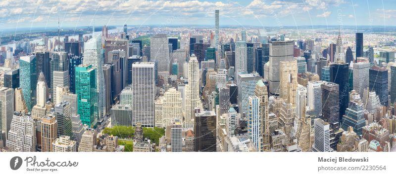 New York City Manhattan Skyline. Sightseeing Städtereise Häusliches Leben Arbeitsplatz Büro Stadt Stadtzentrum überbevölkert Hochhaus Bankgebäude Gebäude