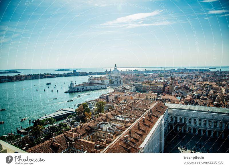 Blick auf Venedig Ferien & Urlaub & Reisen Stadt Haus Ferne Gebäude Tourismus Freiheit Ausflug Europa Abenteuer Schönes Wetter Italien Sehenswürdigkeit Bauwerk