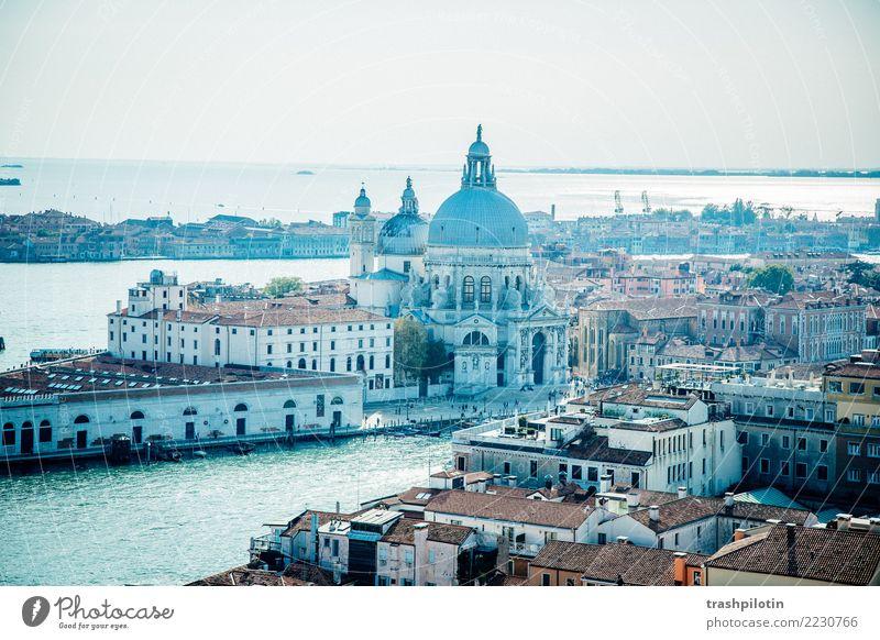 Blick auf Venedig Ferien & Urlaub & Reisen Tourismus Ausflug Abenteuer Ferne Freiheit Sightseeing Städtereise Kreuzfahrt Italien Europa Stadt Hafenstadt Haus
