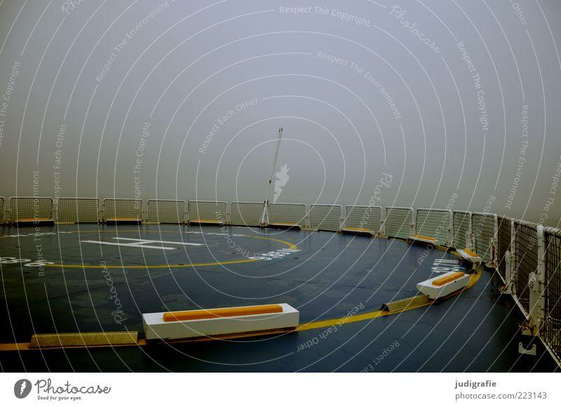 Reise Umwelt Klima schlechtes Wetter Nebel Meer Schifffahrt Kreuzfahrt Passagierschiff Kreuzfahrtschiff Fähre Wasserfahrzeug An Bord Hubschrauber