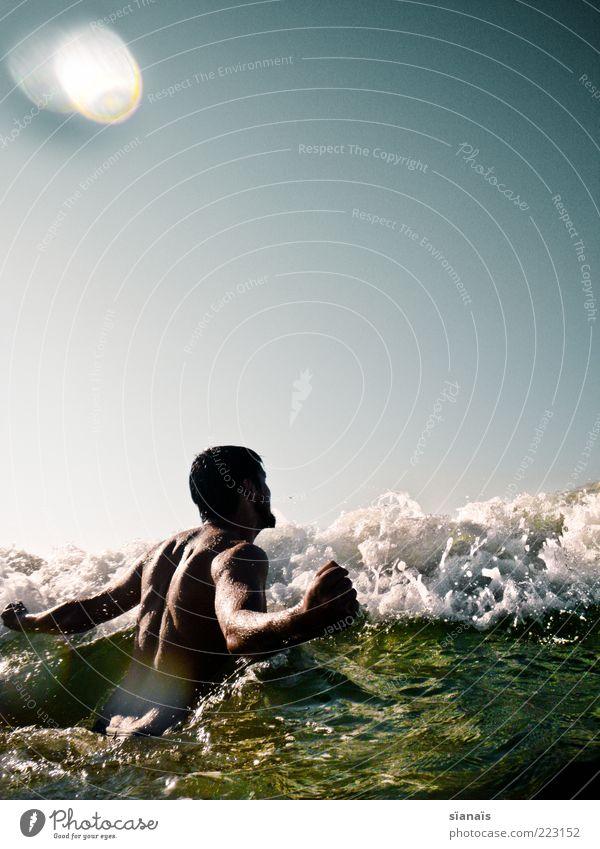 cool water Mensch Himmel Mann Jugendliche Wasser schön Sommer Ferien & Urlaub & Reisen Meer Leben Erwachsene Wellen Körper Kraft Schwimmen & Baden maskulin