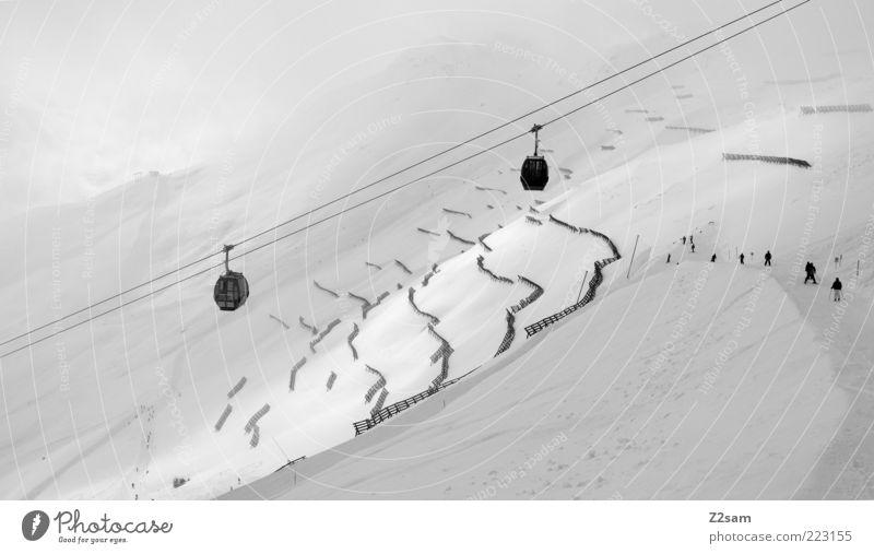 weißes Glück Ferien & Urlaub & Reisen Schnee Winterurlaub Berge u. Gebirge Wintersport Landschaft Wolken schlechtes Wetter Nebel Alpen Seilbahn Skilift dunkel