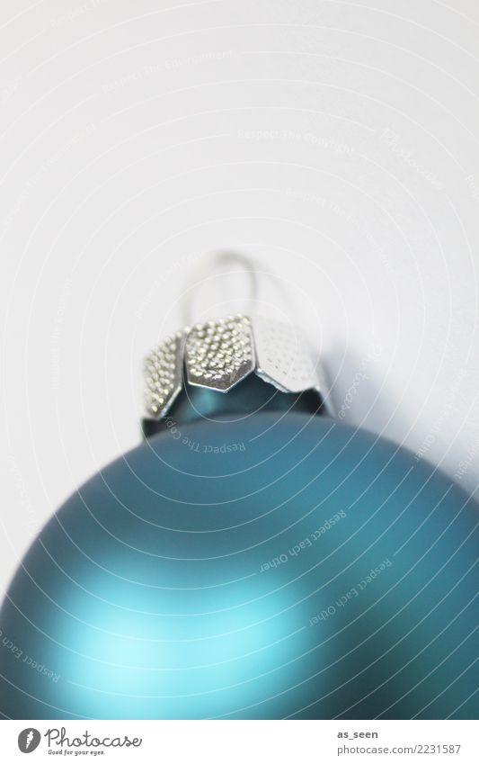 Christmas Ball Weihnachten & Advent blau Farbe ruhig Winter Lifestyle Gefühle Stil Feste & Feiern Design hell Metall Dekoration & Verzierung modern liegen