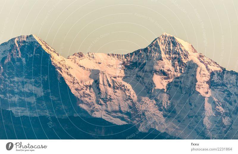 Eiger und Mönch Himmel Natur blau rot Winter Berge u. Gebirge Schnee orange wandern Aussicht Alpen Schweiz Bern Mönch (Berg) Schweizer Kanton Bern