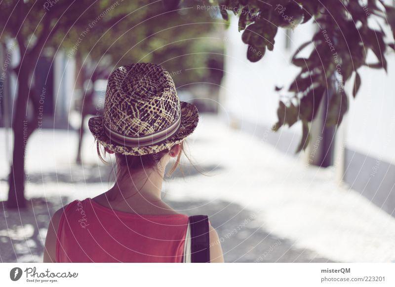 The Girl From Albufeira. feminin Junge Frau Jugendliche ästhetisch Urlaubsstimmung Urlaubsfoto Urlaubsort Romantik Hut Fernweh Portugal Erholung ruhig Allee