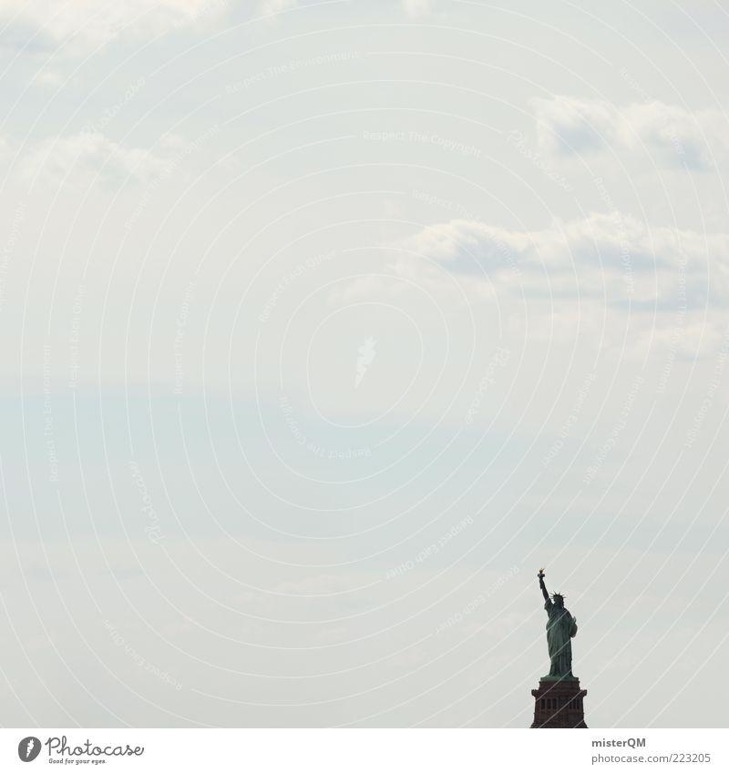"""""""Ortseingang"""" oder """"Kleine Freiheit"""" Himmel Ferien & Urlaub & Reisen Freiheit träumen Kunst Kraft ästhetisch Hoffnung USA Reisefotografie Symbole & Metaphern Zeichen Statue Wahrzeichen Stars and Stripes Fernweh"""