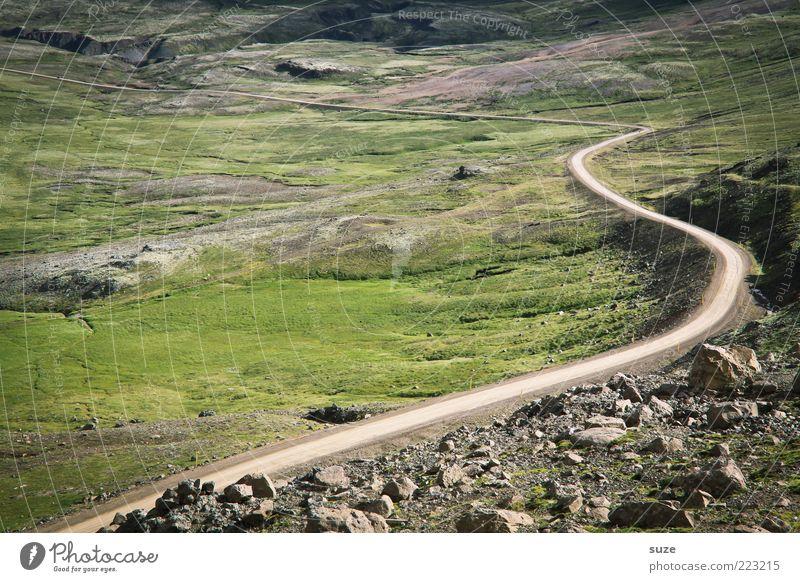 Langer Weg Natur schön Ferne Straße Wiese Gras Landschaft Wege & Pfade Umwelt Stein Felsen Klima Ziel fantastisch außergewöhnlich Berge u. Gebirge