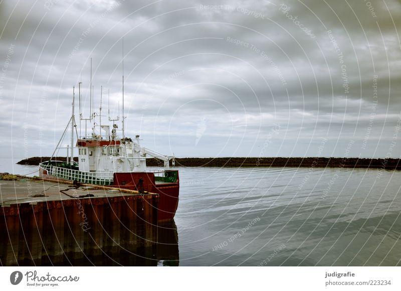 Island Wirtschaft Umwelt Natur Himmel Wolken Klima Wetter Küste Fjord Akranes Hafenstadt Schifffahrt Fischerboot dunkel Stimmung ruhig Anlegestelle Farbfoto